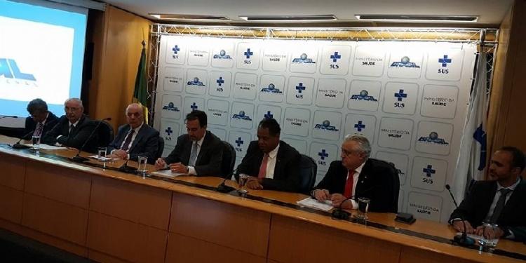 Governo se compromete com a regulamentação do Pró-Santas Casas